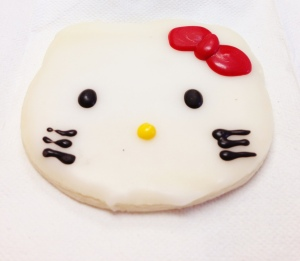 hello kitty cookie close up