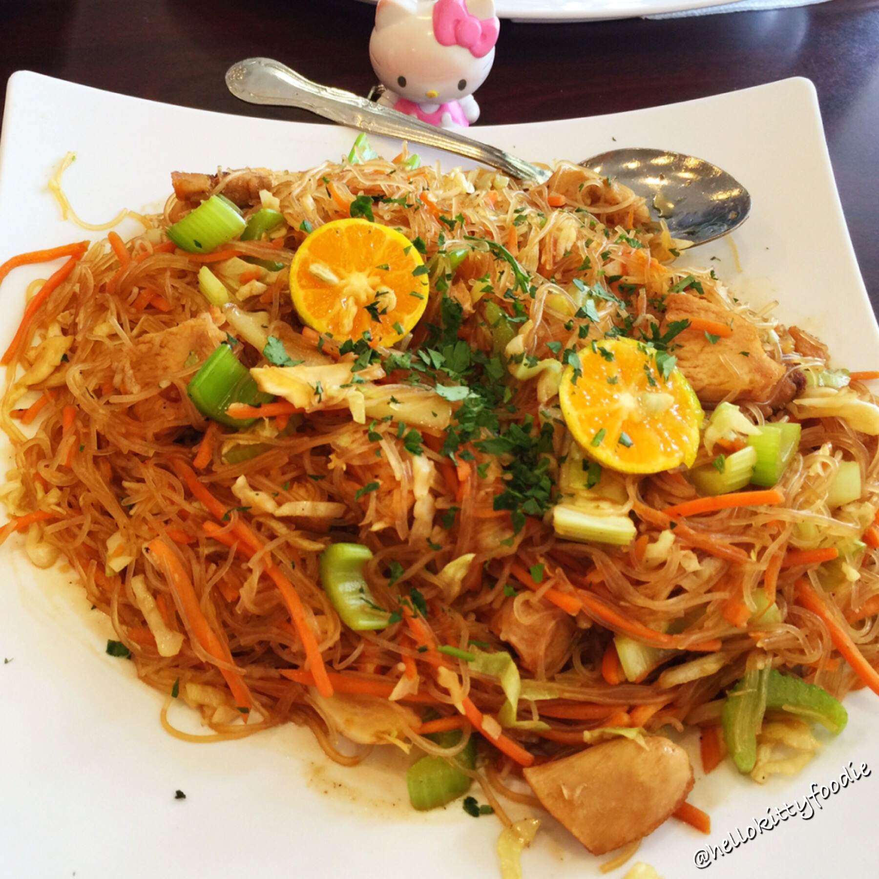 Pancit hello kitty foodie - Cuisine hello kitty ecoiffier ...
